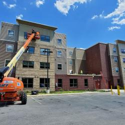 Workers put the finishing touches on Stoney Pointe
